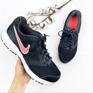 Nike | Black Lace Up Downshifter Sneakers